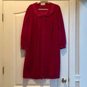 Ladies Magenta Robe